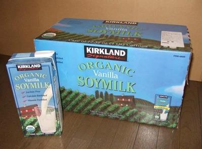 (名無し)さん[13]が投稿したカークランド バニラ豆乳 ORGANIC SOYMILKの写真