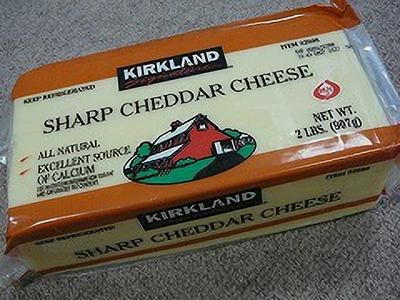 カークランド シャープホワイトチェダーチーズ