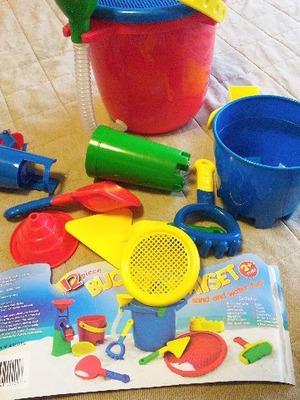 お砂場セット (Bucket Playset)