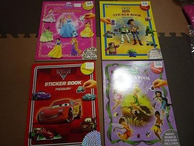 DISNEY ディズニー STICKER BOOK TREASURY (シールブック)