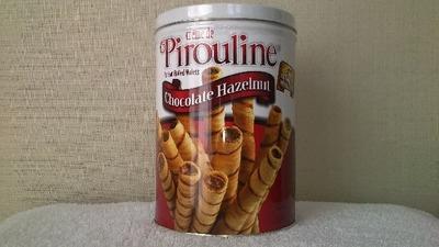 Pirouline ピロリン チョコレートヘーゼルナッツ ロールウェハース