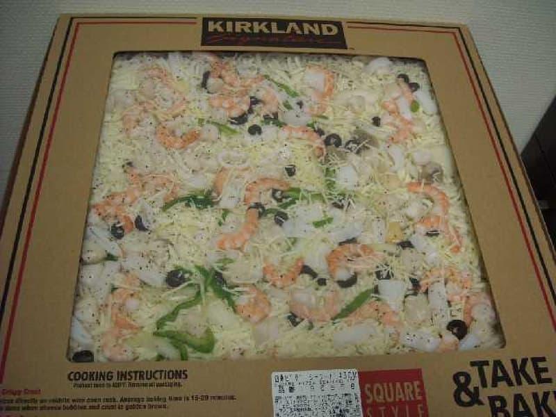 [25]が投稿したカークランド テイクベイク 四角ピザ シーフードの写真