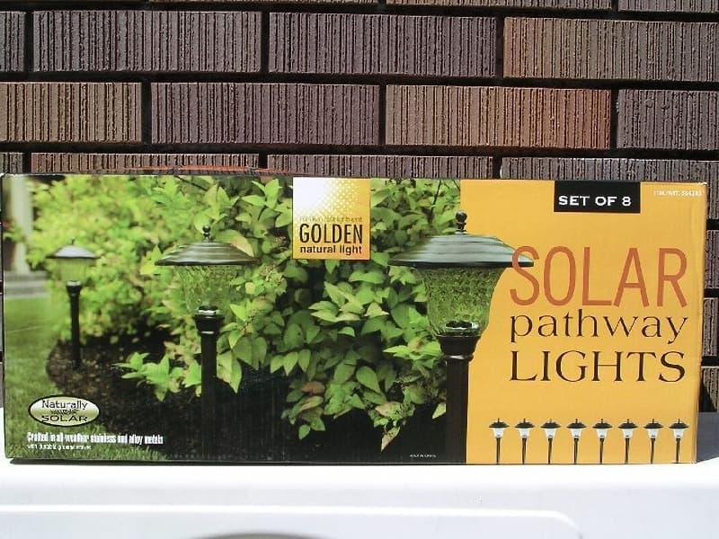 [2]が投稿したGOLDEN 8SOLAR pathway LIGHT(LED ソーラーライト)の写真
