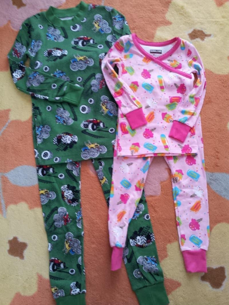 [15]が投稿したカークランド Children's 2pc パジャマセットの写真