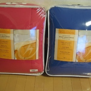 HOLLANDER リーバーシブルかけ布団 (reversible down alternative comforter)