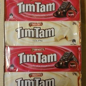 アーノッツ ティムタム (ARNOTT'S TimTam) ホワイト/ブラックフォレスト