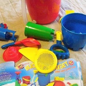 お砂場セット (Bucket Playset) バケツプレイセット
