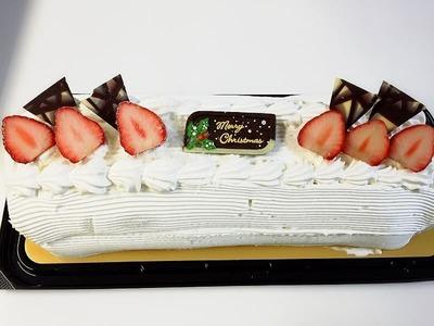 madoさん[3]が投稿したカークランド クリスマスロールケーキの写真