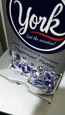 そりさん[3]が投稿したヨーク ダークチョコレート ペパーミント パティーズ york  peppermint pattiesの写真