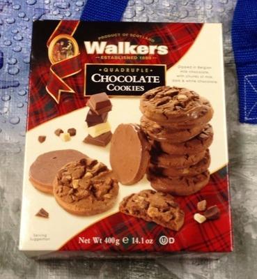 ウォーカーズ クアドラプル チョコレート クッキー Walkers Quadruple Chocolate Cookies