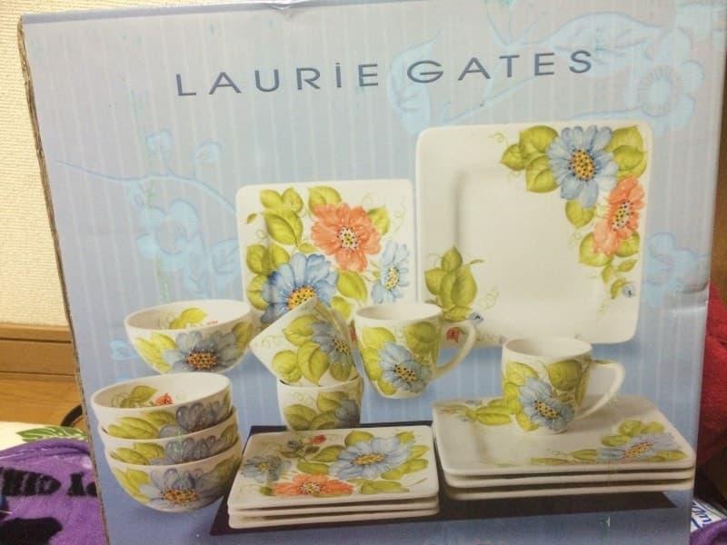littlemiuさん[2]が投稿したローリーゲイツ サービングセット 16PC Laurie Gatesの写真