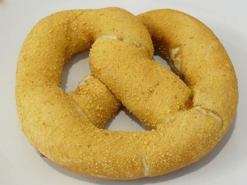[4]が投稿したJ&J Snackfoods クリームチーズ入りソフトプレッツェルの写真