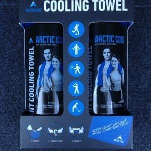ARCTIC COOL クーリングタオル