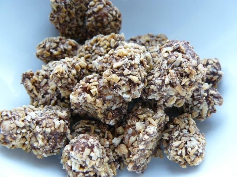 [6]が投稿したカークランド ダークチョコレート ココナッツカシューの写真