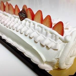 カークランド クリスマスロールケーキ