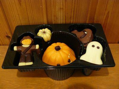 (名無し)さん[4]が投稿したベルジャン スペシャリティー ハロウィン チョコレート ボックスの写真