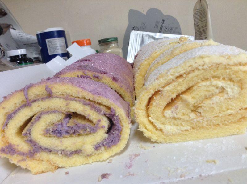 クリームほとんど無しさん[7]が投稿したカークランド 紫芋と安納芋ロールケーキの写真
