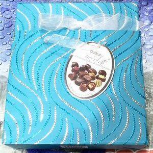 Gudrun bag & Box (ガドラン ベルギー ムースチョコレート)
