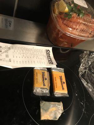 (名無し)さん[7]が投稿したティラムーク ティラムース ミディアムチェダーチーズの写真