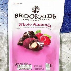ブルックサイド ダークチョコレート アーモンドラズベリー