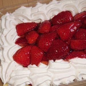 カークランド ストロベリーマスカルポーネケーキ